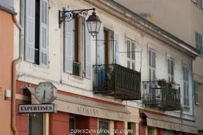 Okna w Nicei